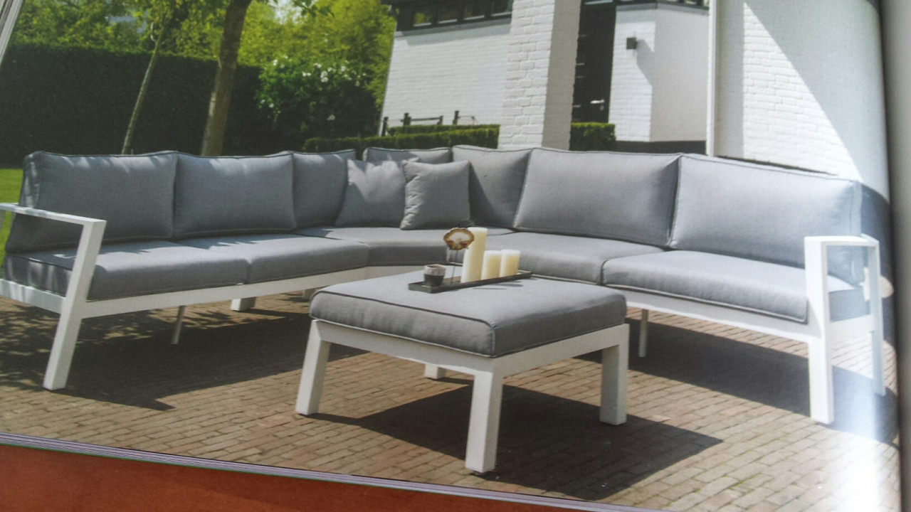 Tuin Loungeset Outlet : Tuinmeubelen schaduwdoeken pergolas tafels stoelen lounge sets